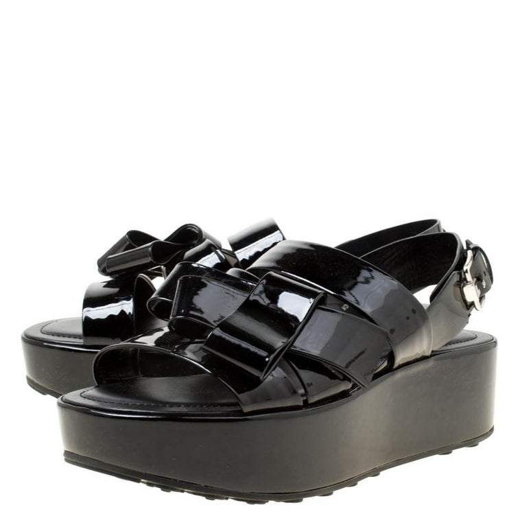 93df337f51 Tod's Black Patent Leather Slingback Platform Sandals Size 39 In New  Condition For Sale In Dubai