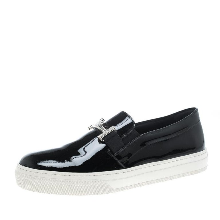 Tod's Black Patent Leather Sportivo Maxi Crystal Double T Slip On Sneakers Size  For Sale