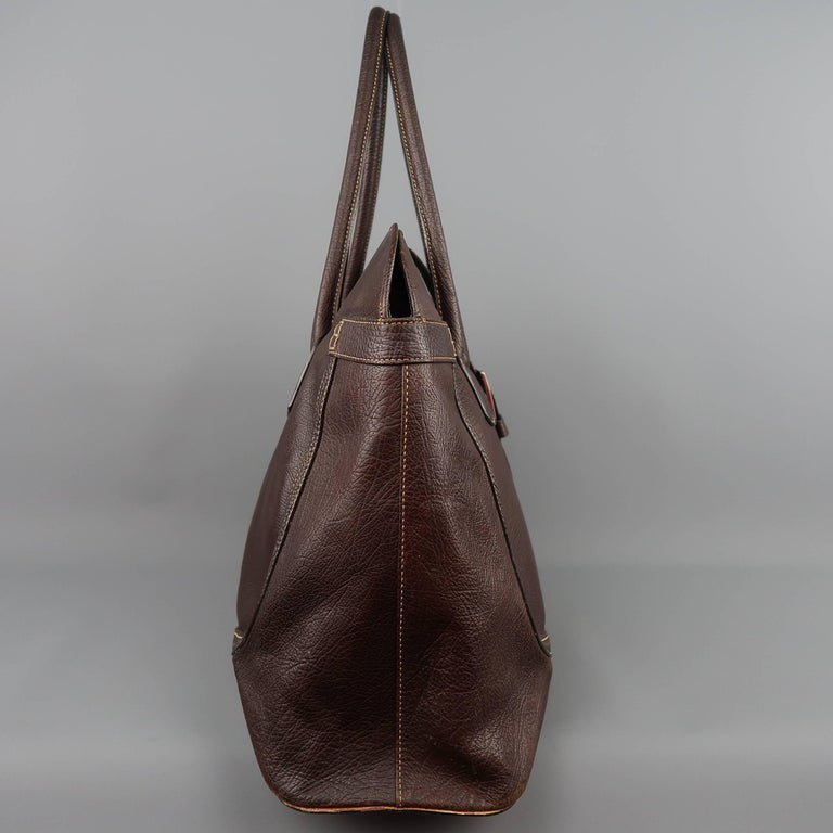 TOD'S Brown Leather Buckle Closure Oversized Weekender Travel Tote Handbag In Fair Condition For Sale In San Francisco, CA