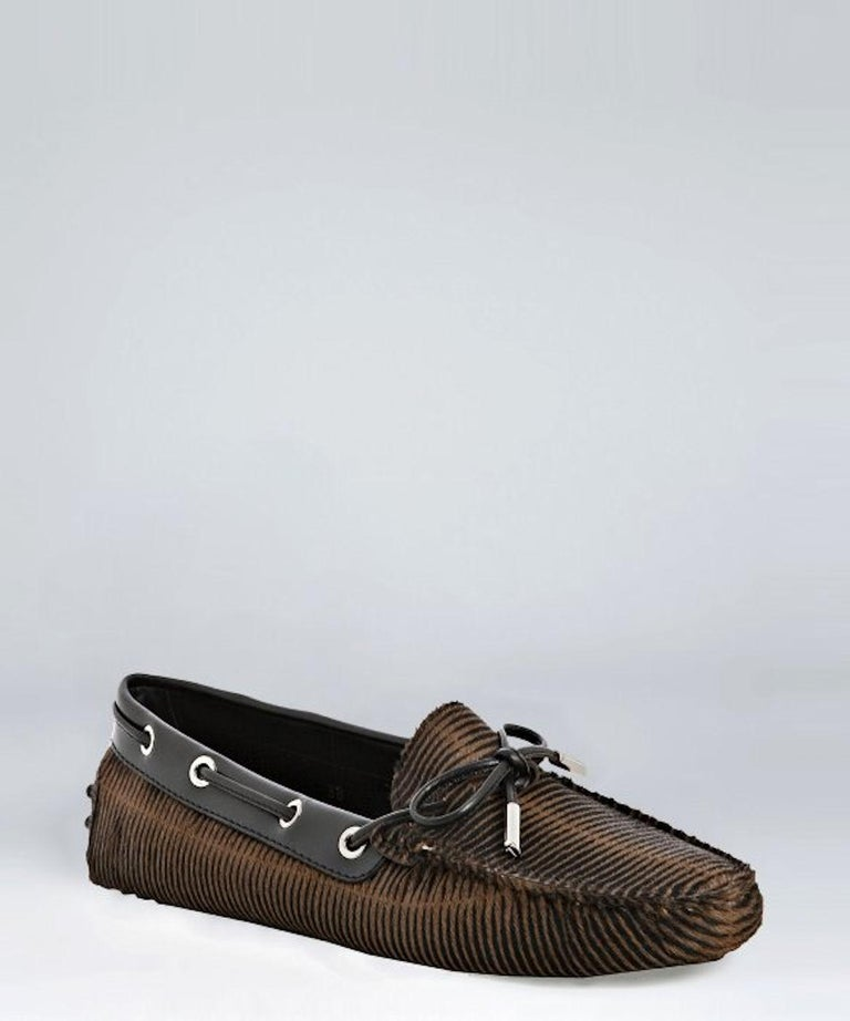 TOD'S Exotic Fur Hand-Sewn Moccassins Loafers Driving Shoes Slippers In New Condition For Sale In Switzerland, CH