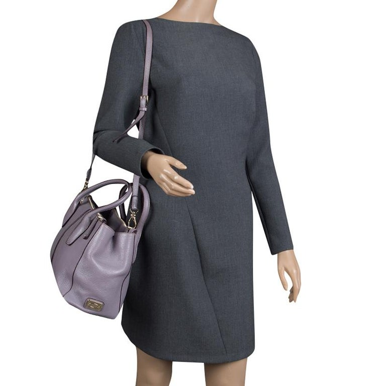 Gray Tod's Lilac Leather D-Styling Shopper Tote For Sale