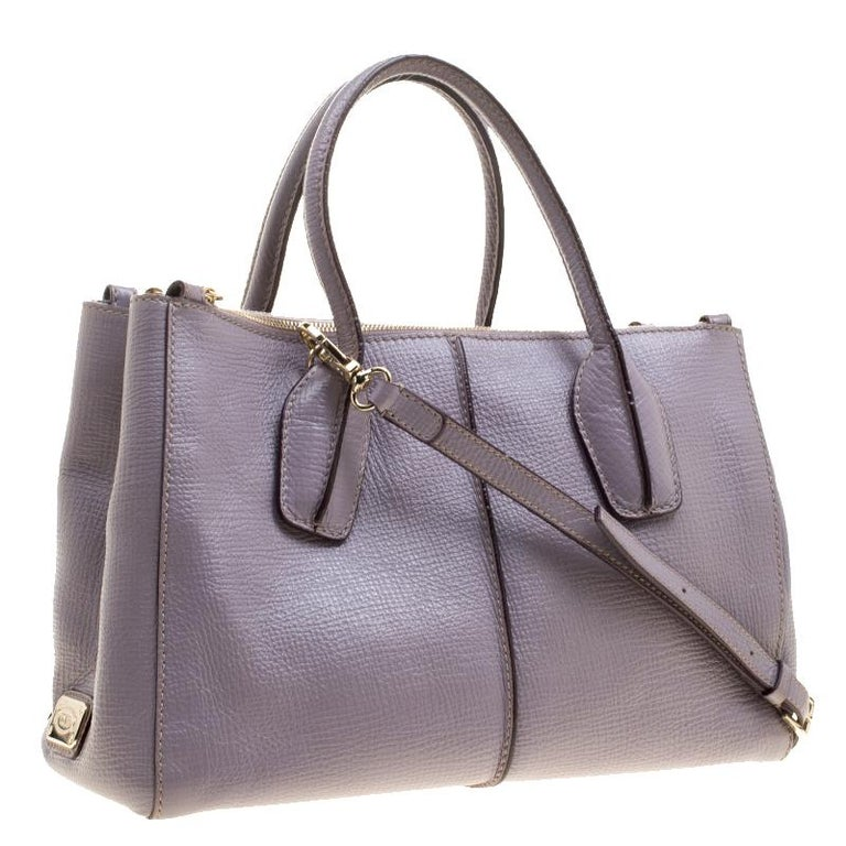 Tod's Lilac Leather D-Styling Shopper Tote In Good Condition For Sale In Dubai, AE