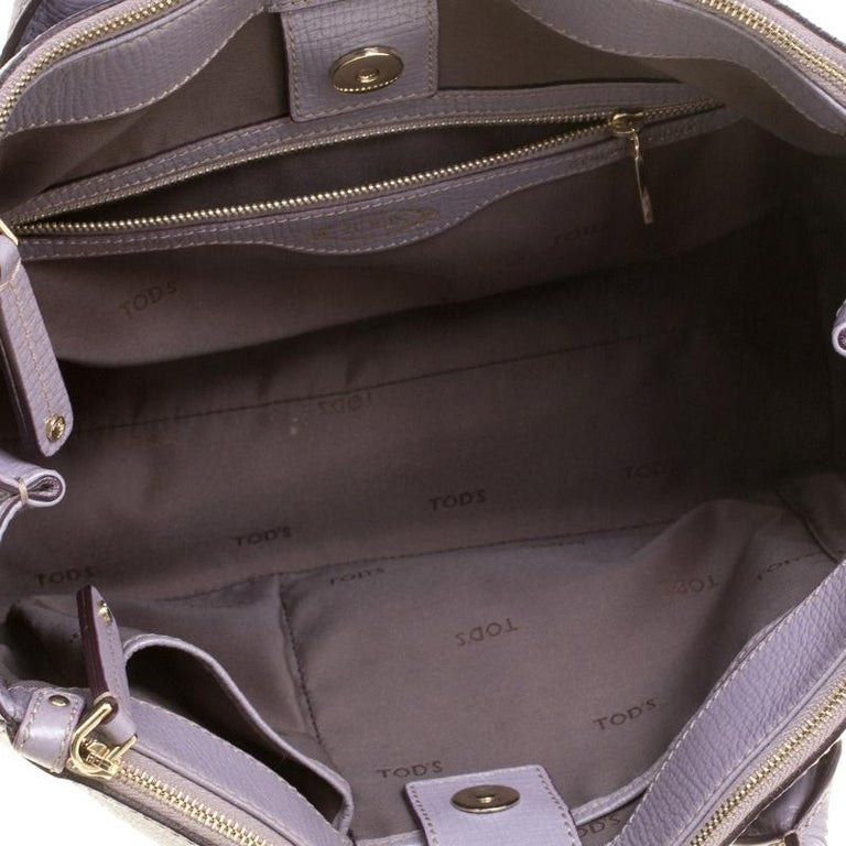 Tod's Lilac Leather D-Styling Shopper Tote For Sale 2