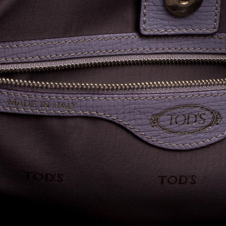 Tod's Lilac Leather D-Styling Shopper Tote For Sale 3