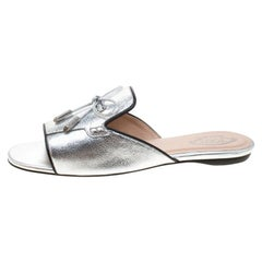 Tod's Limited Edition Metallic Silver Leather Crystal Embellished Bow Peep Toe F