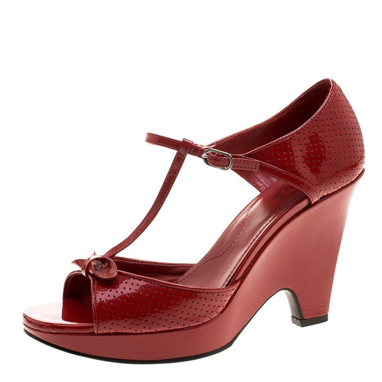 a98be09afc4 Tod s Maroon Patent Leather T Strap Wedges Size 40 For Sale at 1stdibs