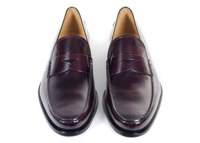 Black TOD'S Mens Burgundy Boston Polished Leather Penny Loafers For Sale