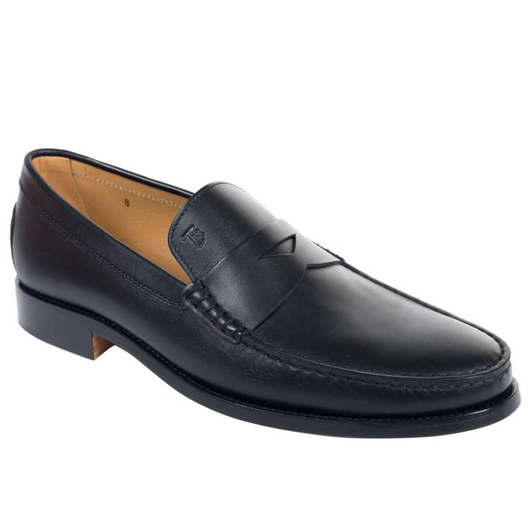 Tod's Men's Classic Black Leather Penny Loafers For Sale