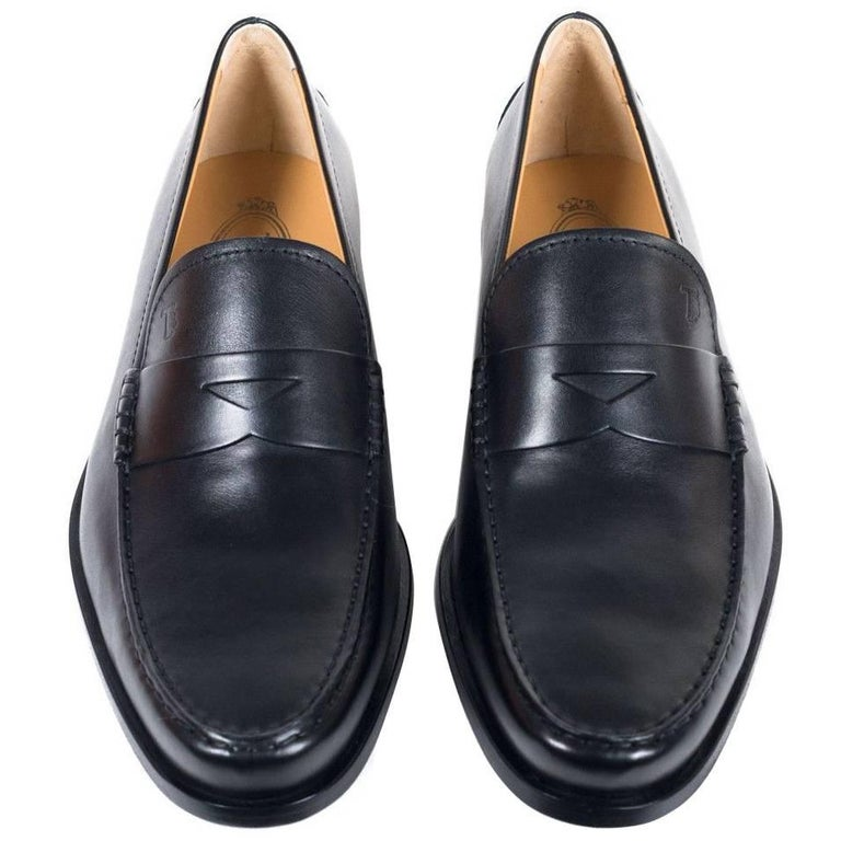 f708de3206a Tod s Men s Classic Black Leather Penny Loafers For Sale at 1stdibs
