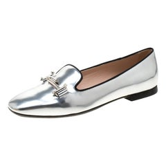 Tod's Metallic Silver Leather Crystal Embellished Double T  Slippers Size 37