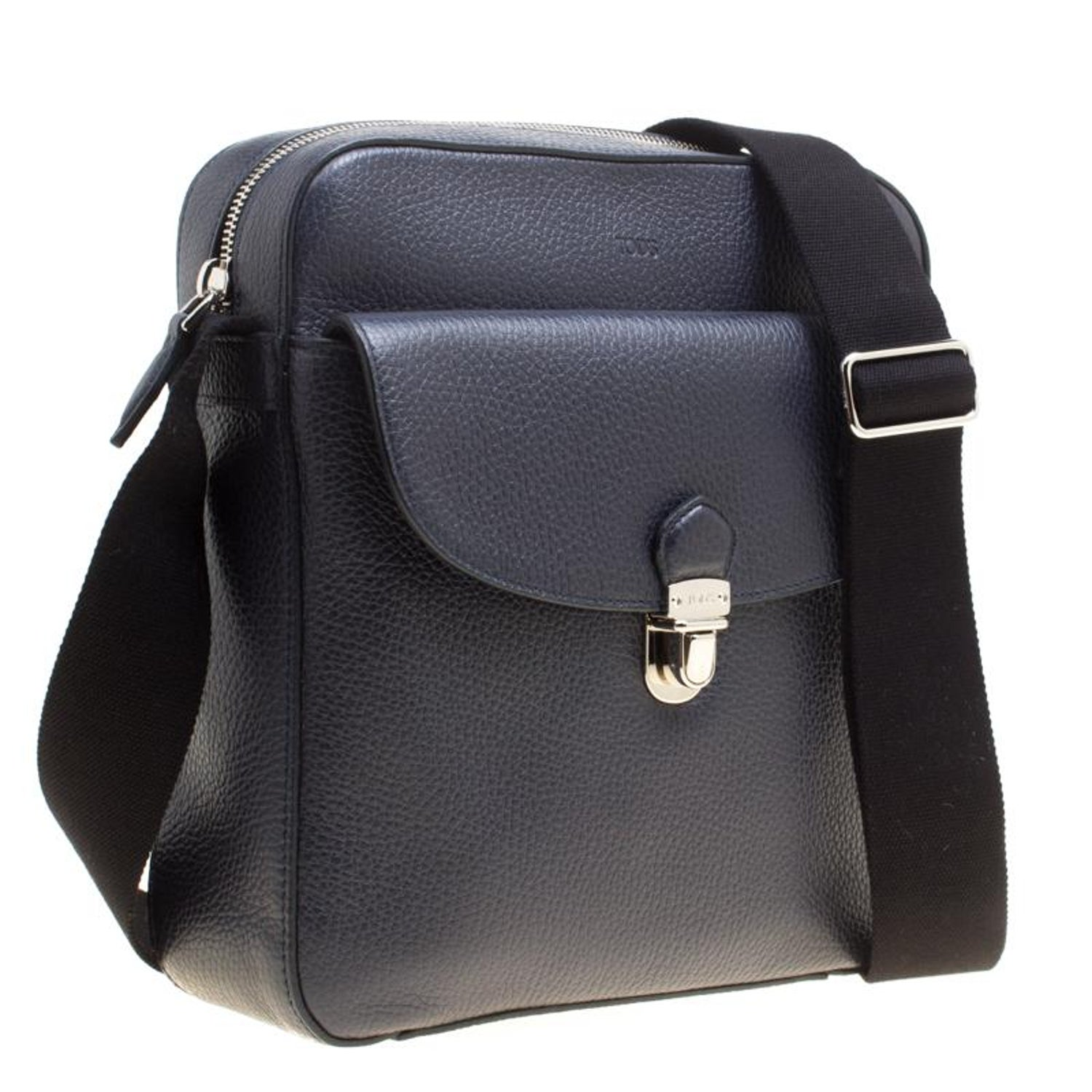 Tod s Navy Blue Leather Reporter Messenger Bag For Sale at 1stdibs 83963badccc3c