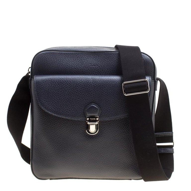 f84be5e39b Tod's Navy Blue Leather Reporter Messenger Bag For Sale at 1stdibs