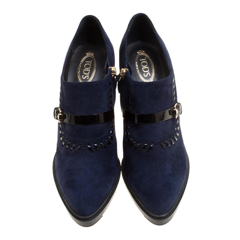 1628381221d Black Tod's Oxford Blue Suede Block Heel Ankle Booties Size 40.5 For Sale