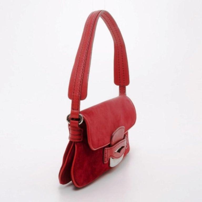 ae6fd0fdd0 Tod's Red Suede Shoulder Bag In Good Condition For Sale In Dubai, Al Qouz 2