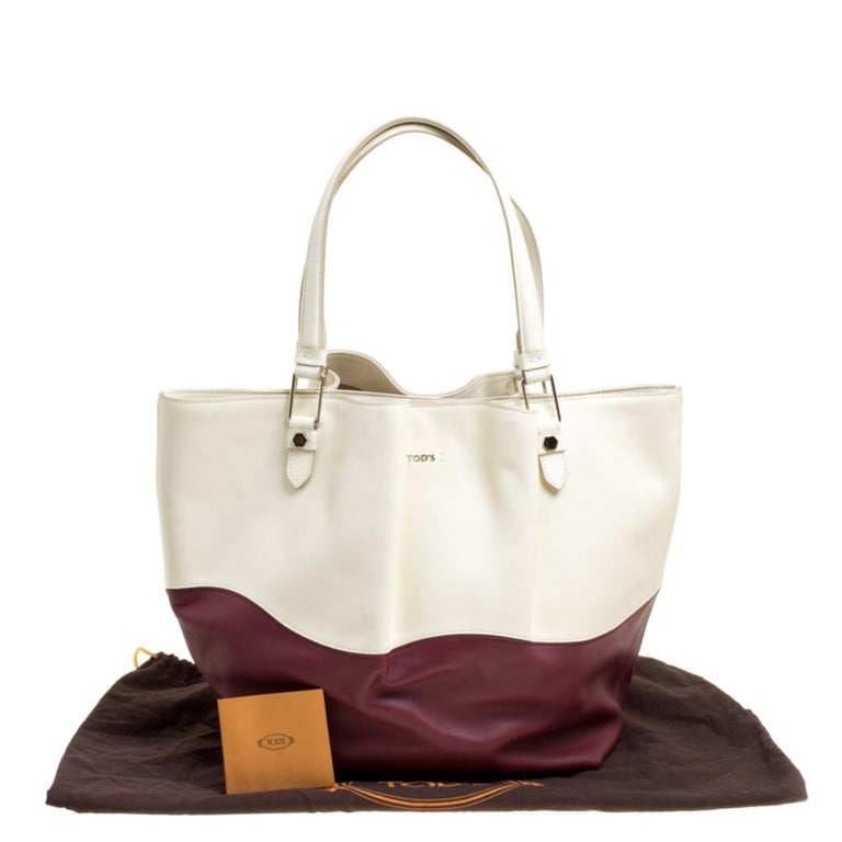 Tod's White/Burgundy Leather Medium Flower Tote For Sale 6