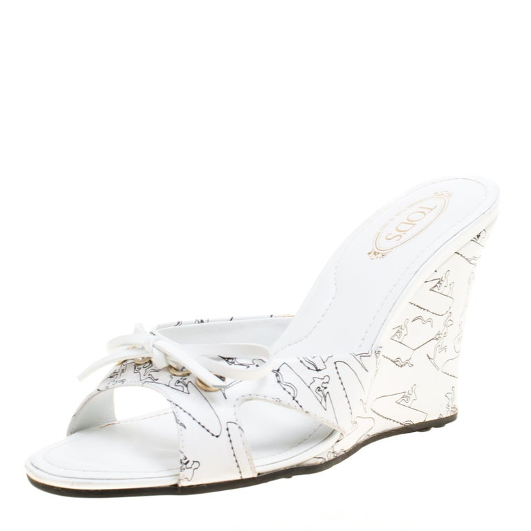 fba981ff4c Tod's White Printed Leather Peep Toe Bow Detail Wedge Slides Size 36.5 For  Sale