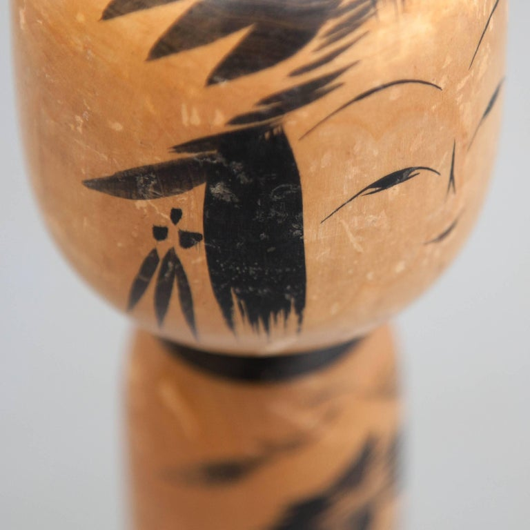 Togatta Japanese Wooden Traditional Kokeshi Doll In Good Condition For Sale In Barcelona, Barcelona