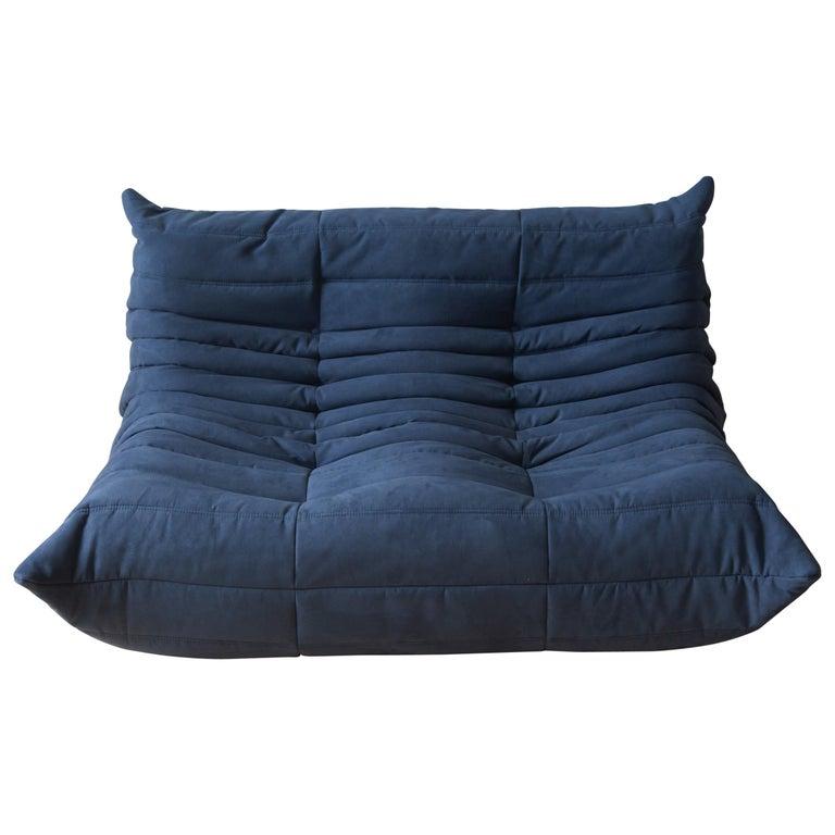 Togo 2-Seat Sofa in Dark Blue Microfibre by Michel Ducaroy for Ligne Roset For Sale