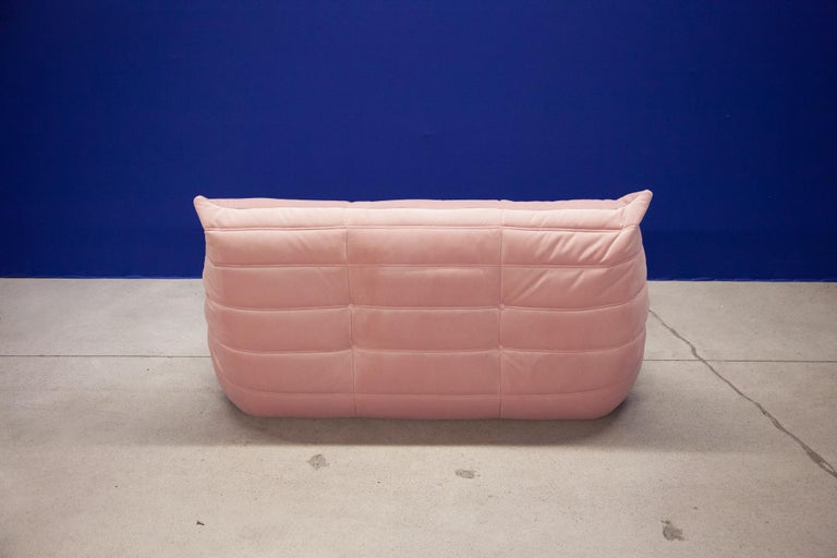 French Togo 2-Seat Sofa in Pink Velvet by Michel Ducaroy for Ligne Roset For Sale