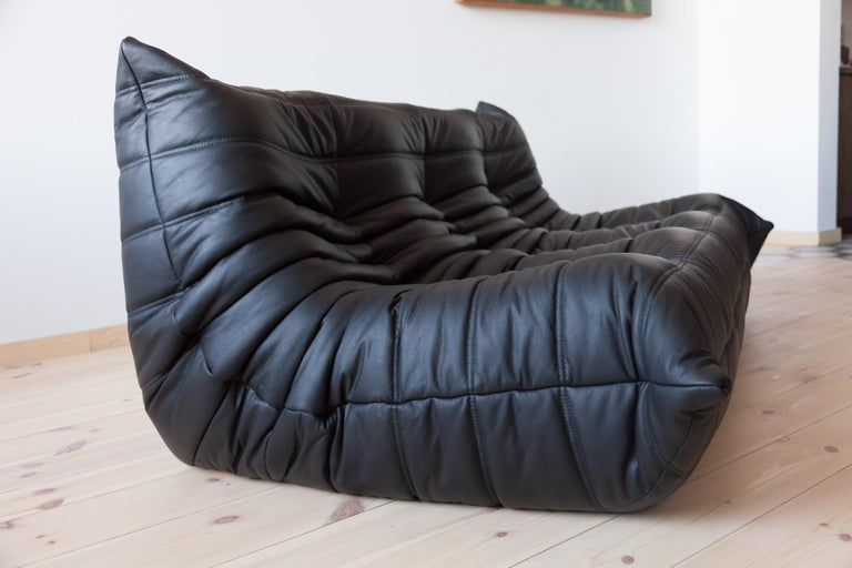 Togo 3-Seat Sofa in Black Leather by Michel Ducaroy for Ligne Roset For Sale 6