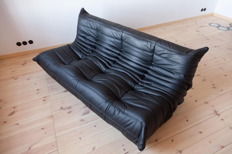 Mid-Century Modern Togo 3-Seat Sofa in Black Leather by Michel Ducaroy for Ligne Roset For Sale