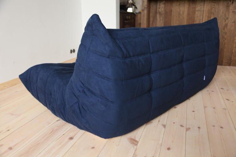 French Togo 3-Seat Sofa in Dark Blue Microfibre by Michel Ducaroy for Ligne Roset For Sale