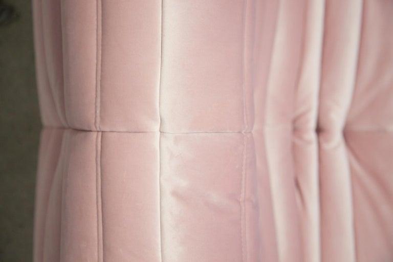Togo 3-Seat Sofa in Pink Velvet by Michel Ducaroy for Ligne Roset For Sale 5