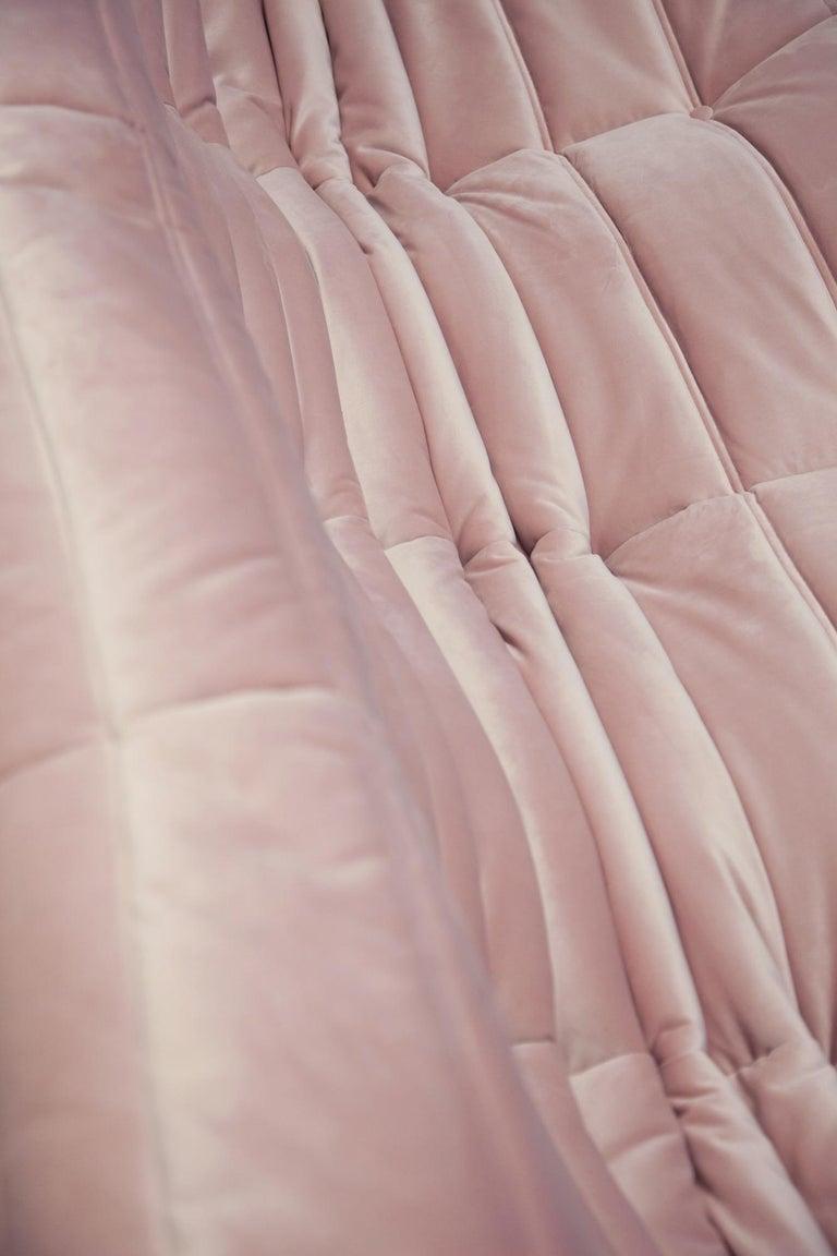 Togo 3-Seat Sofa in Pink Velvet by Michel Ducaroy for Ligne Roset For Sale 6