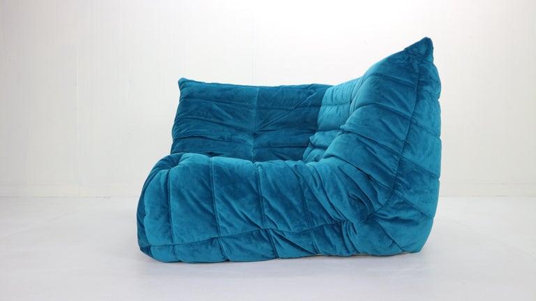 Togo Corner Lounge Chair by Michel Ducaroy for Ligne Roset in Blue Velvet, 1973 For Sale 5