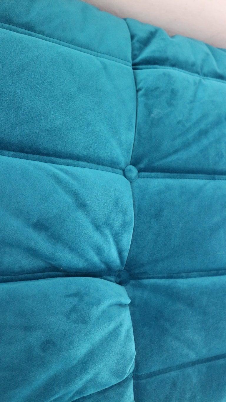 Togo Corner Lounge Chair by Michel Ducaroy for Ligne Roset in Blue Velvet, 1973 For Sale 12