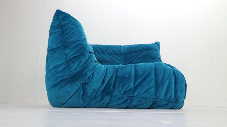 Late 20th Century Togo Corner Lounge Chair by Michel Ducaroy for Ligne Roset in Blue Velvet, 1973 For Sale