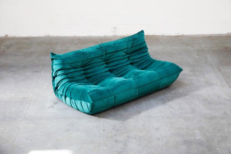 Togo Five-Piece Set by Michel Ducaroy for Ligne Roset in Emerald Green Velvet For Sale 5