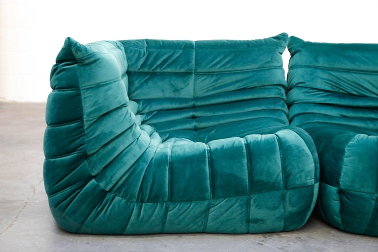 Togo Five-Piece Set by Michel Ducaroy for Ligne Roset in Emerald Green Velvet For Sale 8