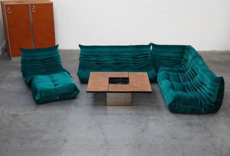 Togo Five-Piece Set by Michel Ducaroy for Ligne Roset in Emerald Green Velvet For Sale 12