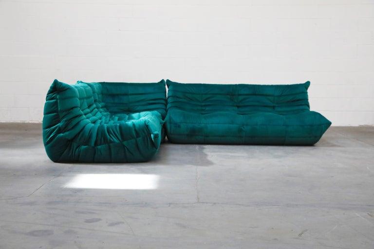 French Togo Five-Piece Set by Michel Ducaroy for Ligne Roset in Emerald Green Velvet For Sale