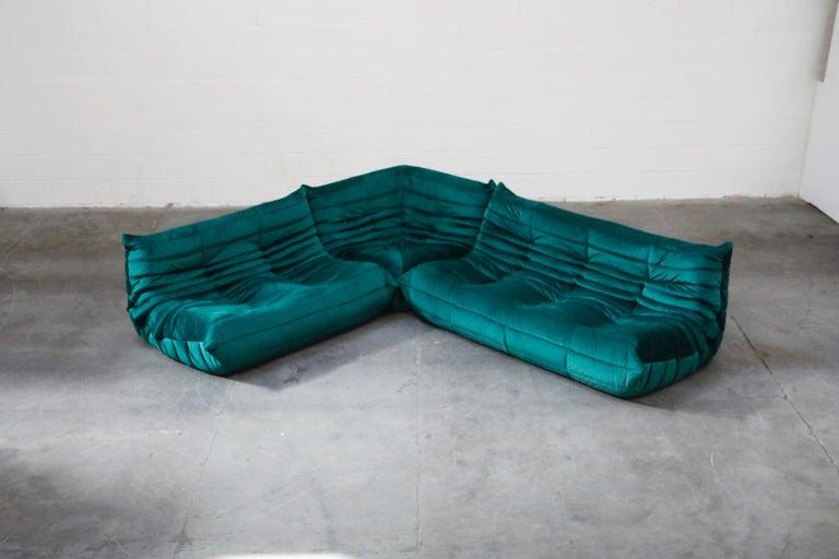 Togo Five-Piece Set by Michel Ducaroy for Ligne Roset in Emerald Green Velvet For Sale 1