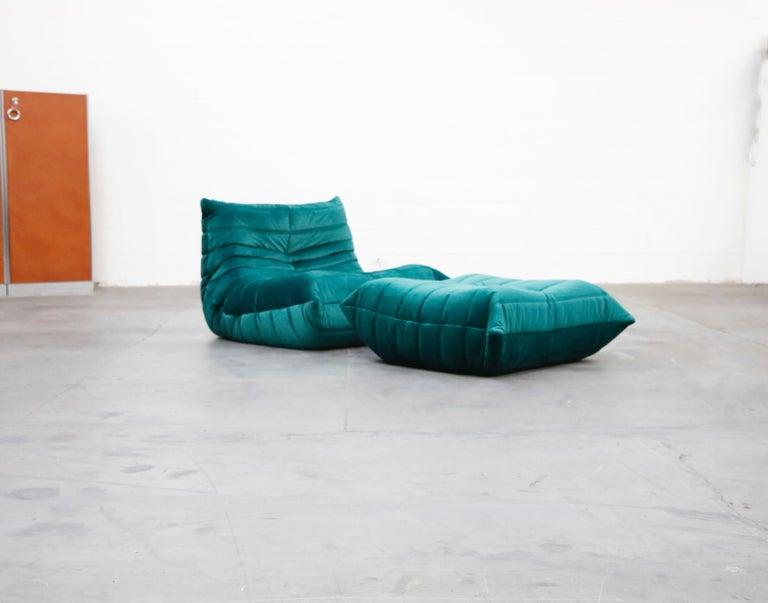 Togo Five-Piece Set by Michel Ducaroy for Ligne Roset in Emerald Green Velvet For Sale 2