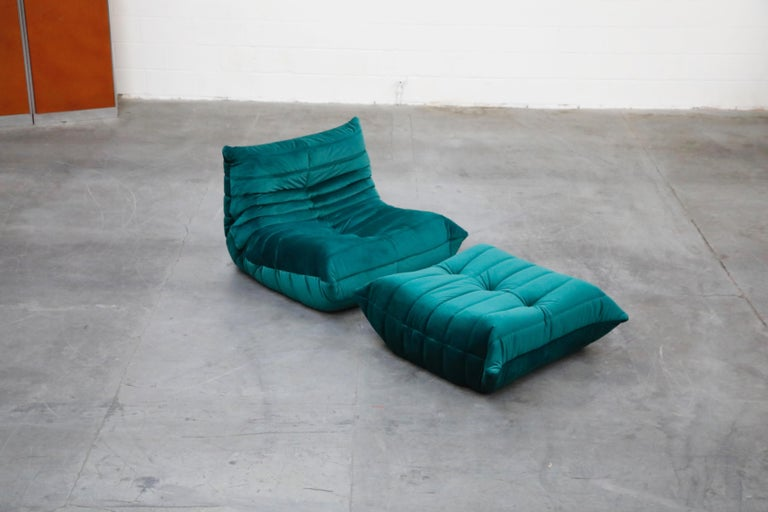 Togo Five-Piece Set by Michel Ducaroy for Ligne Roset in Emerald Green Velvet For Sale 3