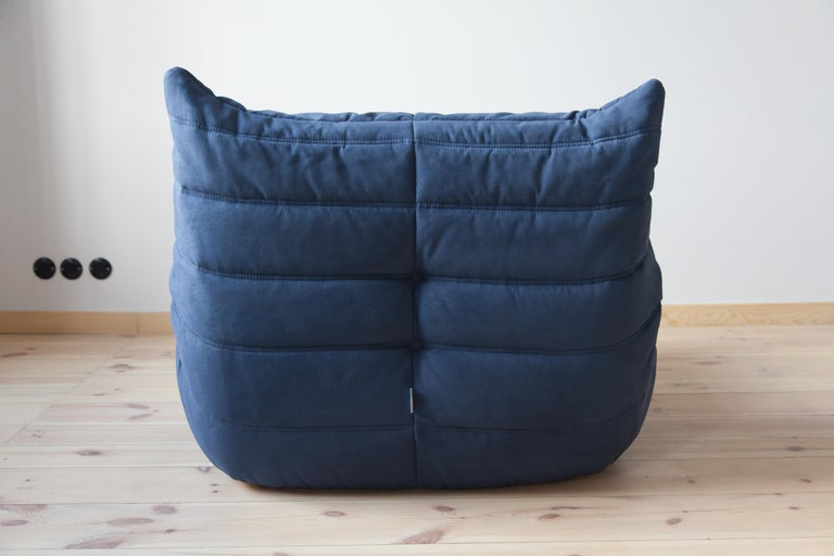 Late 20th Century Togo Longue Chair in Dark Blue Microfibre by Michel Ducaroy, Ligne Roset For Sale