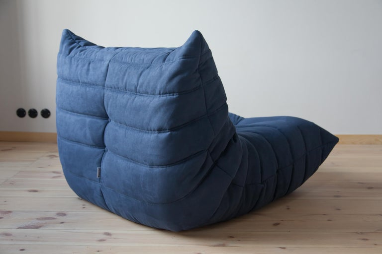 Fabric Togo Longue Chair in Dark Blue Microfibre by Michel Ducaroy, Ligne Roset For Sale
