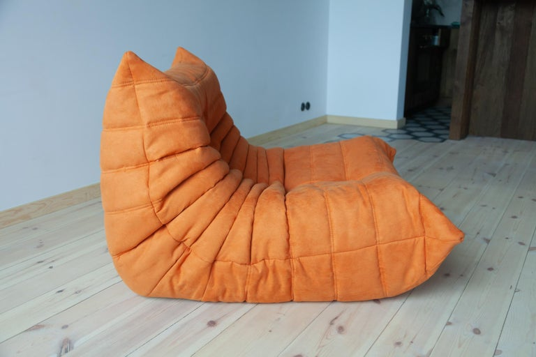 Togo Longue Chair in Orange Microfibre by Michel Ducaroy, Ligne Roset For Sale 2