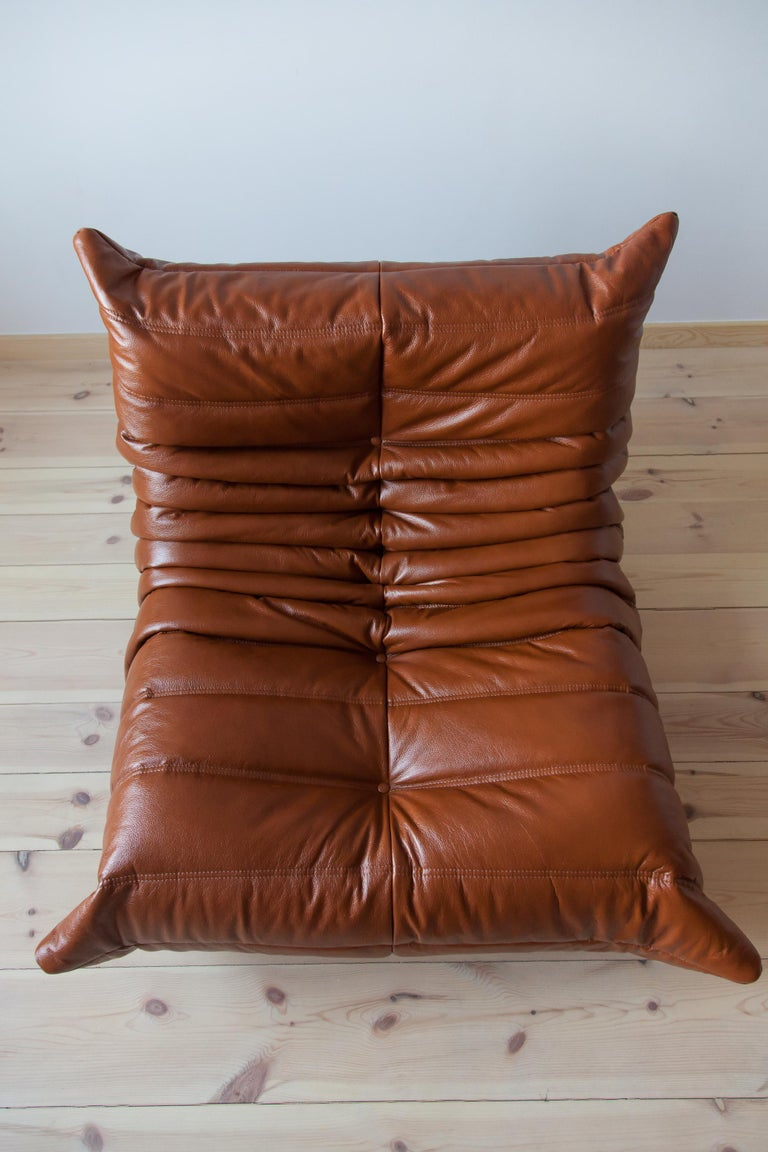 Togo Longue Chair in Whiskey Leather by Michel Ducaroy, Ligne Roset For Sale 3