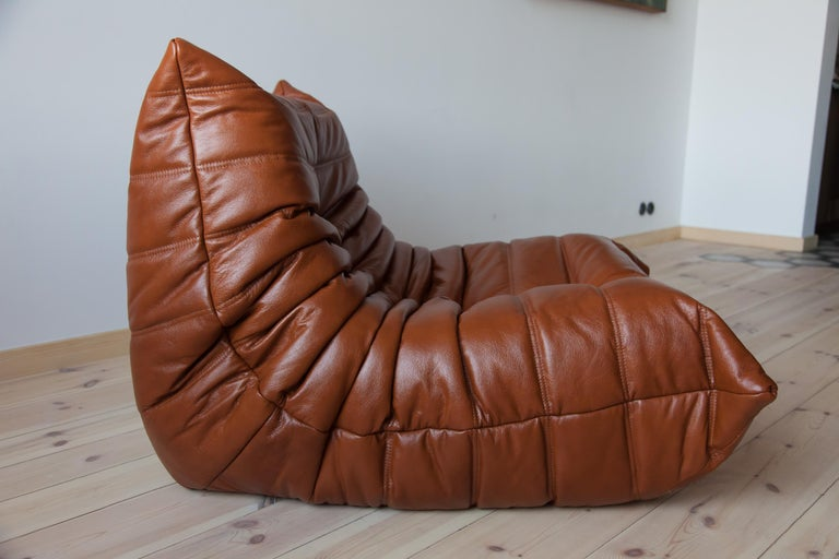 French Togo Longue Chair in Whiskey Leather by Michel Ducaroy, Ligne Roset For Sale