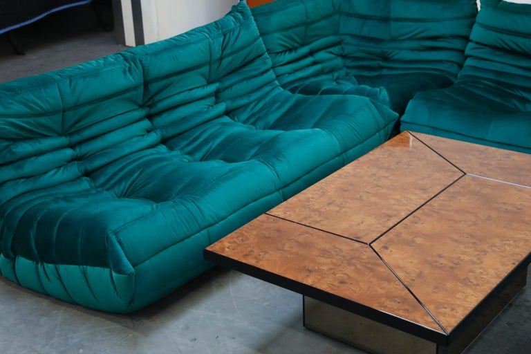 Togo Loveseat by Michel Ducaroy for Ligne Roset in Emerald Green Velvet, Signed For Sale 12