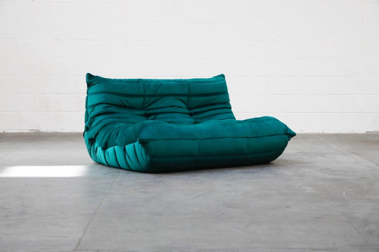 Modern Togo Loveseat by Michel Ducaroy for Ligne Roset in Emerald Green Velvet, Signed For Sale