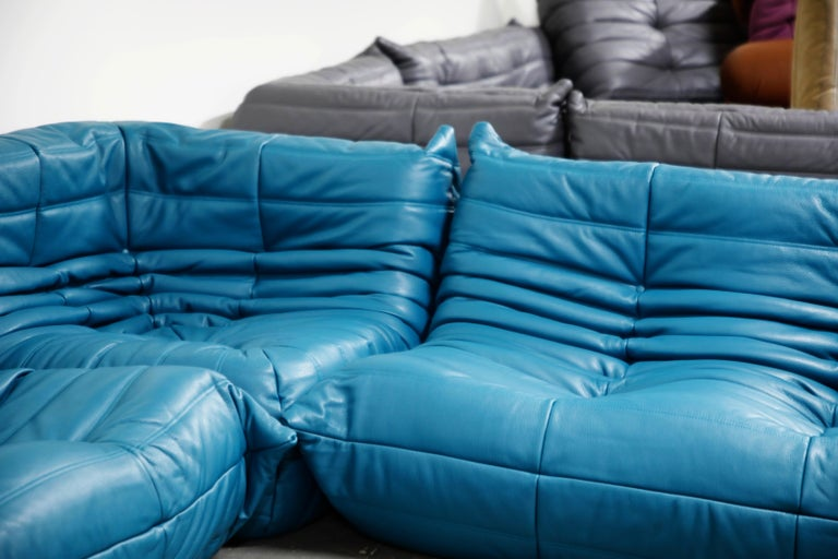 Togo Sectional Five-Piece Set by Michel Ducaroy for Ligne Roset in Blue Leather For Sale 12