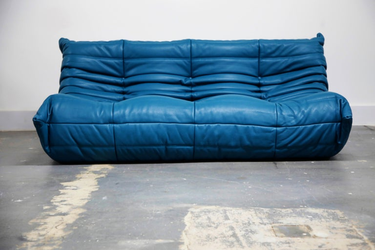 Togo Sectional Five-Piece Set by Michel Ducaroy for Ligne Roset in Blue Leather For Sale 1