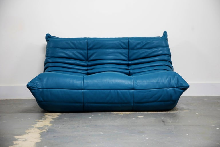 Togo Sectional Five-Piece Set by Michel Ducaroy for Ligne Roset in Blue Leather For Sale 2
