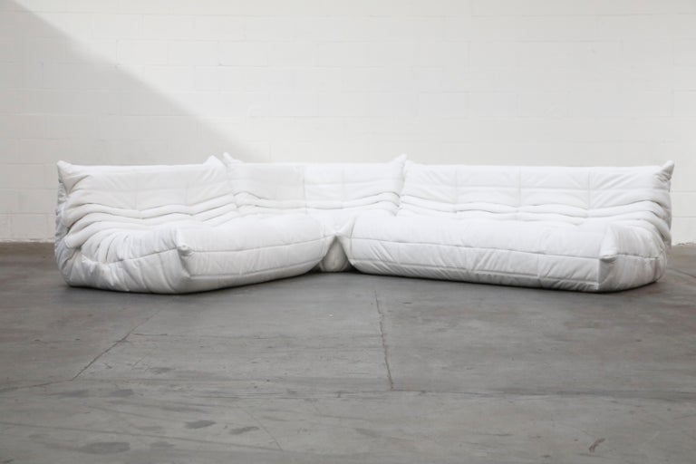 Togo Sectional Five-Piece Set by Michel Ducaroy for Ligne Roset in White Leather In Excellent Condition For Sale In Los Angeles, CA