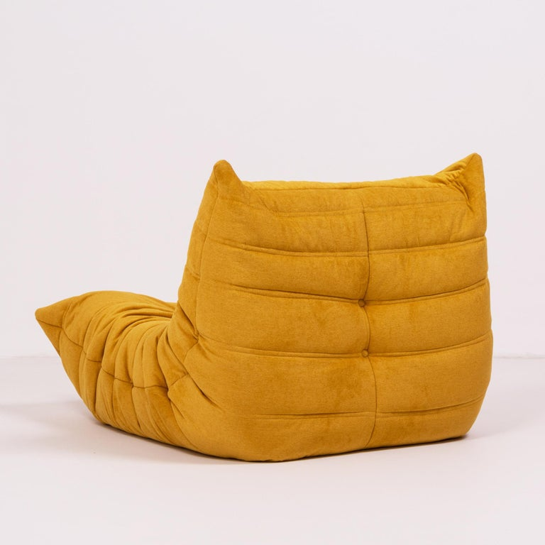 Togo Yellow Fabric Fireside Chair by Michel Ducaroy for Ligne Roset In Excellent Condition For Sale In London, GB